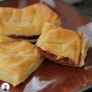 Guava and Cheese Pastries, Pasteles de Guayaba y Queso