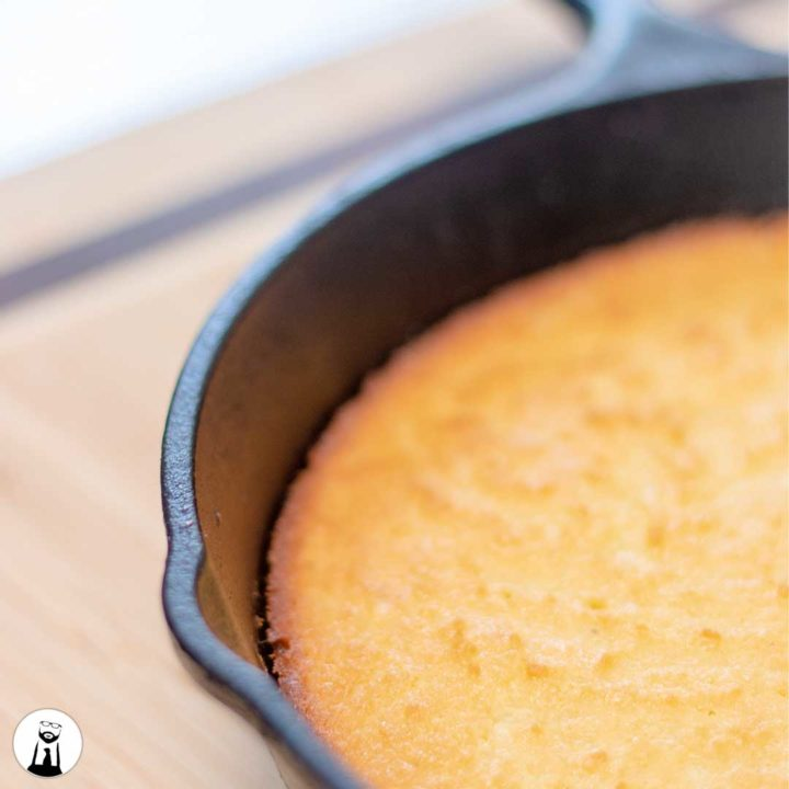 Cornbread (Low-Carb, Keto, Gluten-Free) - Black Tie Kitchen